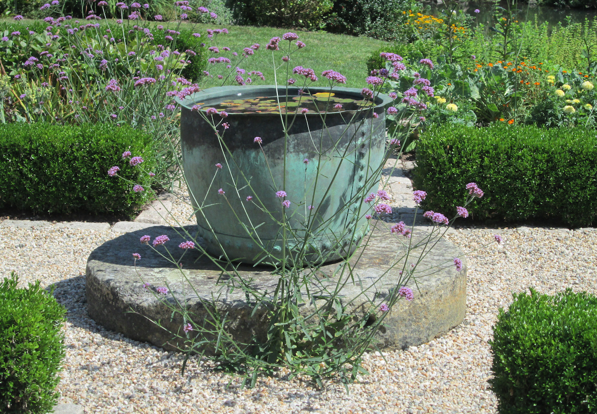 Landscaping water features for Landscape water features